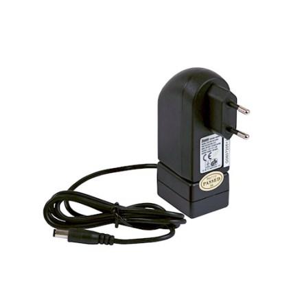 Batterilader for ACK03 plugg 230 V